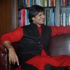 Vivek Oberoi Celebrates Diwali With Wife Priyanka Oberoi