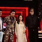 Big B, Deepika,Ranveer And Farhan On The Front Row