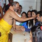 Salman Visits Siddhivinayak Temple With Jai Ho Co-Star Daisy Shah