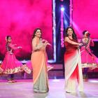 Madhuri And Juhi Chawla Promotes Gulab Gang On India's Got Talent Finale
