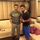 Salman Khan With Preity Zinta And Kings XI Punjab Players At His Home