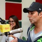 Akshay And Sonakshi Promote 'Holiday' On 98.3 FM Radio Mirchi