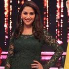 Bollywood Actresses Repeated Dressing