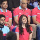 Bolly Celebs And Sachin At The Jaipur Pink Panthers Pro Kabaddi League 2014