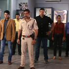 Ajay Devgan Promotes Singham Returns On The Sets Of CID