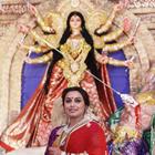 Rani Mukerji Celebrate 2014 Durga Puja