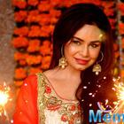Kavitta Verma Caught In Candid Celebrating Indian Festival Diwali 2014