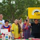 Salman And Kareena Meet The Kids From Umang NGO