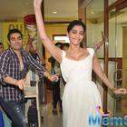 Sonam Kapoor With Arbaaz Khan And Varun Sharma At Radio Mirchi