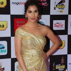 Celebs Galore At The 7th Mirchi Music Awards 2015
