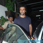 Kunal Kapoor And Abhishek Bachchan Watch Piku At Sunny Super Sound