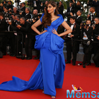 Sonam Kapoor Stuns Design Frat With Red Carpet Appearance
