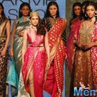 Aditi Rao Hydari Turned Ramp Queen For Ritu Kumar