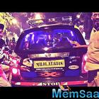 Ranveer Promotes Deepika's xXx on Mumbai Street, It's a Valentine gifts for Deepika