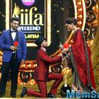 Here a Proof! Ranveer joins Deepika in Sri Lanka