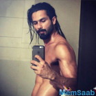 Rangoon actor Shahid Kapoor goes shirtless,rocks long locks