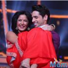 Sidharth and Katrina promoted Baar Baar Dekho in star-studded show