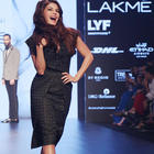 LFW 2016: Showstopper Jacqueline turns glamour for Ashish N Soni's Volomatic collection