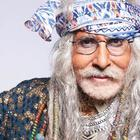 Amitabh Bachchan sports white dreadlocks for TV commercial