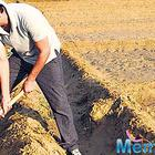 Can you imagine! Nawazuddin in the farmlands not on a movie set