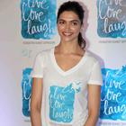 Ranveer promotes awareness on mental health, supports Deepika 'Live Love Laugh'