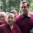 On the set of 'Tubelight' Salman Khan poses with monks