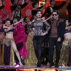 Zee Cine Awards 2017: Kareena gives award to Alia; Govinda-Raveena performance stole the show