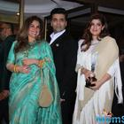 Karan Johar wants Alia to play Twinkle Khanna in his biopic