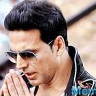 Akshay Kumar apologizes for holding Indian flag upside down at Lord's