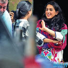 Kedarnath star Sara Ali Khan wants to imbibe stepmom Kareena Kapoor's professionalism