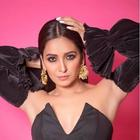 Asha Negi opens up on web shows, sabbatical affecting her self confidence & beau Rithvik Dhanjani