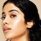 Latest Instagram pictures: Janhvi Kapoor looks like a dream