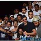 Hrithik Roshan celebrates the success of War with his fans