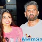 Athiya Shetty rubbishes rumours of dad Suniel interfering in her film