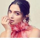 Deepika cancels Paris fashion week trip due to coronavirus scare