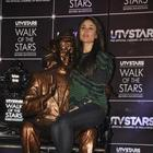 Kareena Kapoor Unveils Walk of the Stars