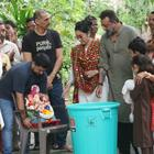 Sanjay Dutt Shows Concern for Environment with Ganpati Visarjan.