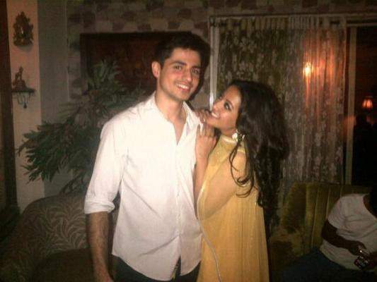 Exclusive Pics of Raima Sen With Her Future Husband Varun Thapar