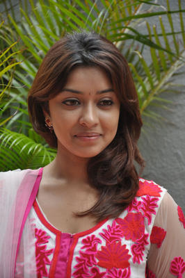 Payal Ghosh Sweet Smile Pic at Therodum Veedhiyile Movie Audio Launch