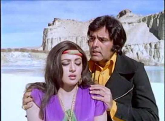 Feroz Khan and Hema Malini Romance Still In Dharmatma