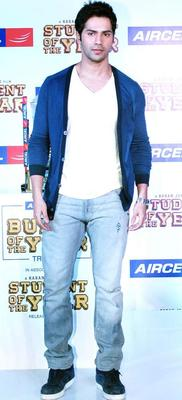 Varun Dhawan Promotional Event Of  SOTY At The Launch Of The Aircel Contest
