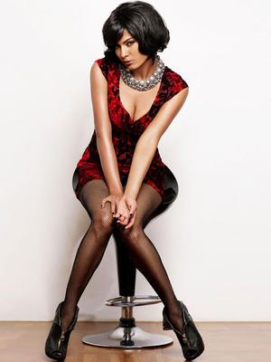 Veena Malik Latest Hot Photo Shoot For Album Drama Queen