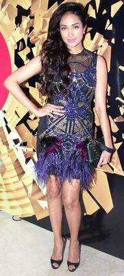 Jiah Khan Snapped At The Elle Beauty Awards 2012