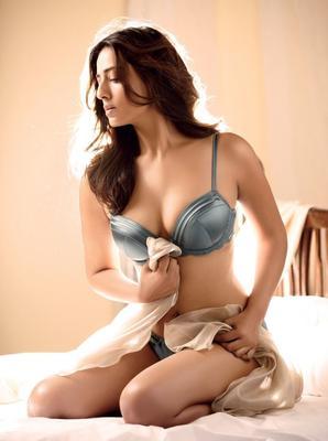 Mahie Gill Photo Shoot For Maxim India October 2012