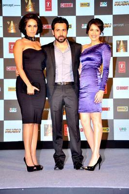 Emraan Hashmi Flanked By Neha Dhupia And Sagarika Ghatge