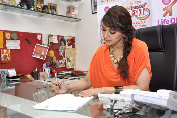 Sonali Bendre Signs Petition For Hindustan Ke Hunarbaaz