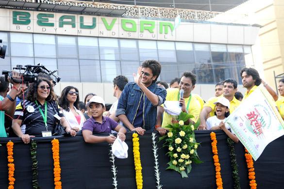 Ritesh And Mahima At 2nd Vasai-Virar Mayor Marathon