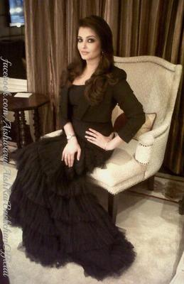 Aishwarya Launch Of Longines Fashion Show