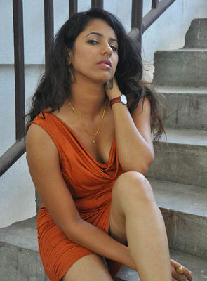 Sravya Reddy Hot Photos