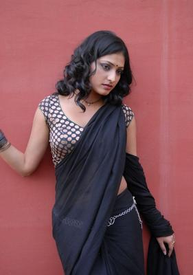 Haripriya Hot in Saree Stills